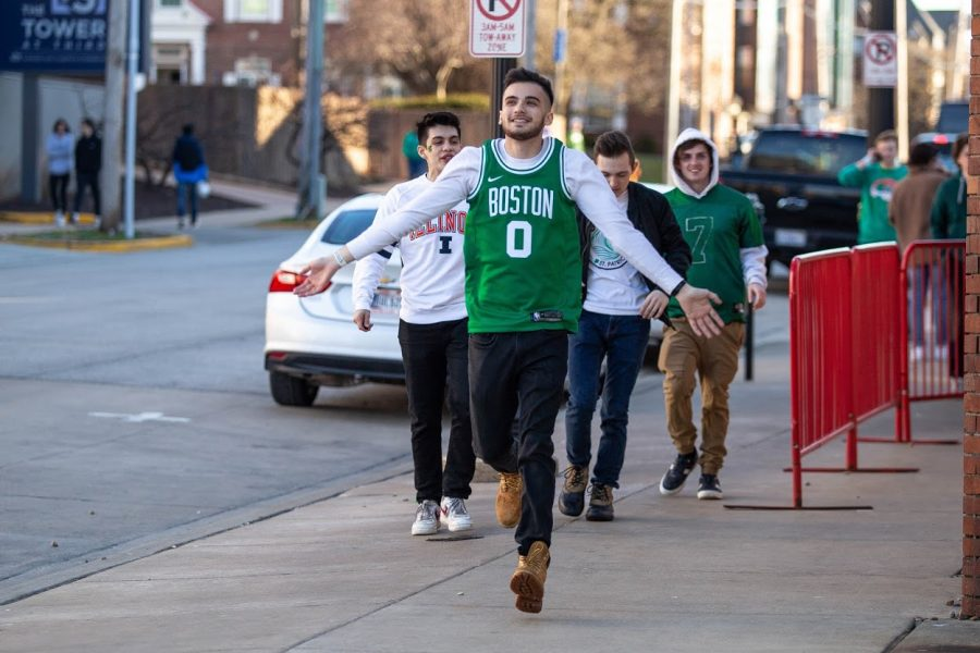 Students head towards Red Lion to celebrate Unofficial on March 6.