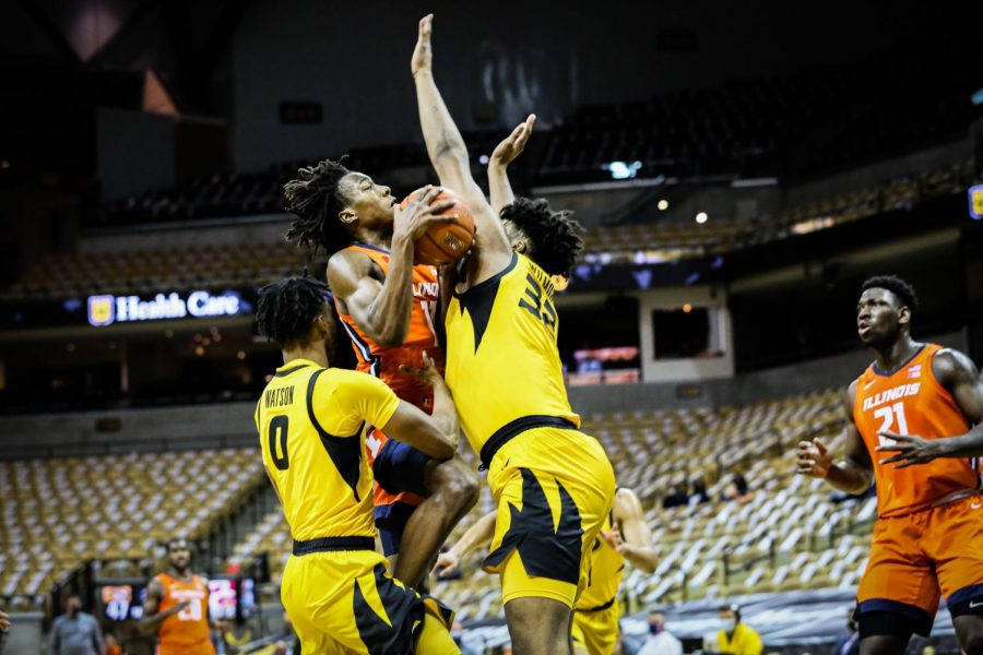 Ayo Dosunmu goes up for the layup in Illinois game against Missouri on Saturday night. The Illini lost the Braggin Rights matchup 81-78