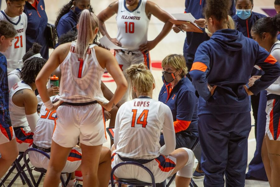 Head Coach Nancy Fahey speaks to the Illinois women's basketball team during a timeout at the game against Valparaiso on Dec. 2.