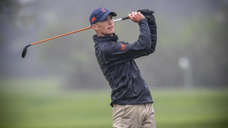 Senior+Michael+Feagles+watches+his+ball+after+a+swing+during+competition.+Feagles+has+been+named+the+Illini+of+the+Week+following+his+first-place+finish+at+the+Mobile+Bay+Intercollegiate.