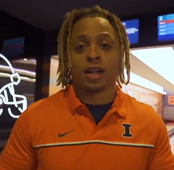 Newly recruited linebacker Calvin Hart Jr. announces his joining of the Illinois football team in a promotional video.