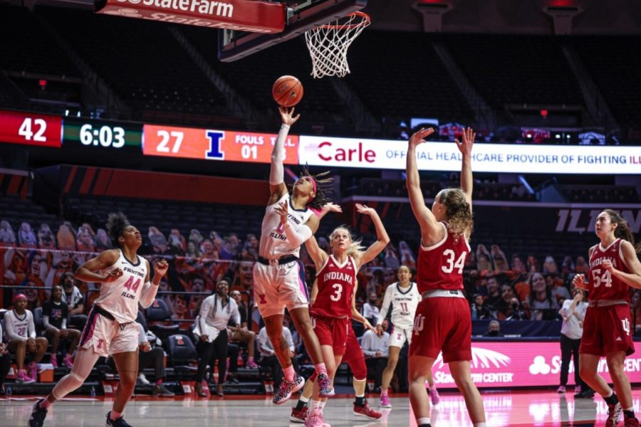 Junior+J-Naya+Ephraim+goes+for+a+layup+during+the+game+against+Indiana+on+Sunday.+The+Illinois+women%27s+basketball+team+will+face+Maryland+tonight.