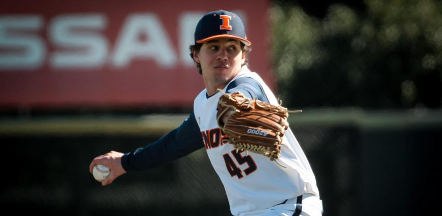 Ty Rybarczyk pitches during a game on a sunny day. The Fighting Illini will take on the University of Michigan Wolverines and the Michigan State Spartans this weekend.