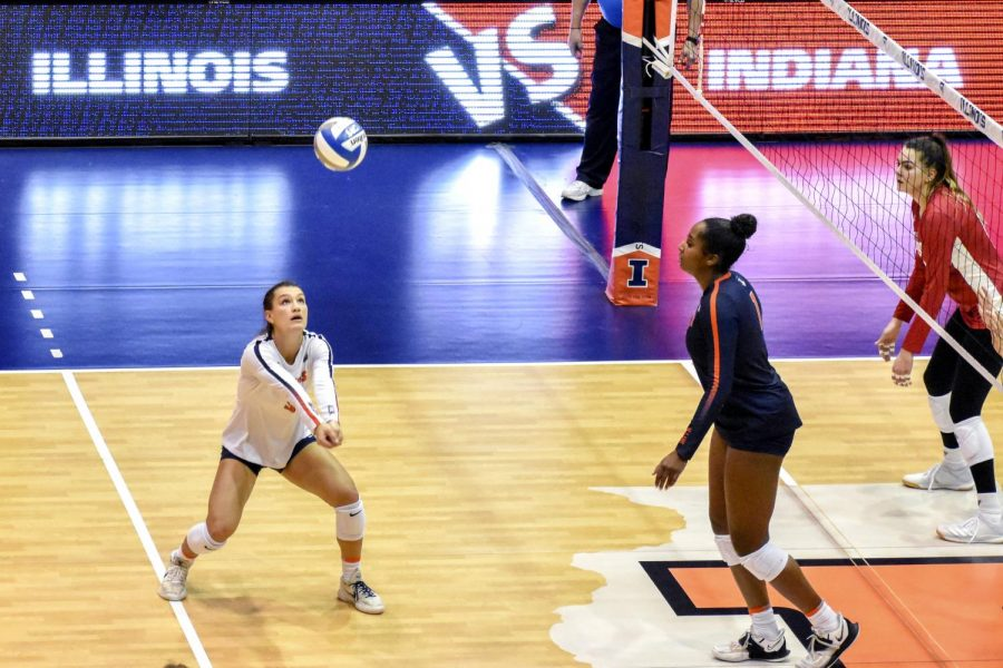 Junior+Taylor+Kuper+bumps+a+volleyball+during+a+game+against+Indiana+Saturday+at+Huff+Hall.+The+Illinois+women%E2%80%99s+volleyball+team+ended+one+of+their+longest+losing+streaks+with+two+wins+against+the+Hoosiers+this+weekend.