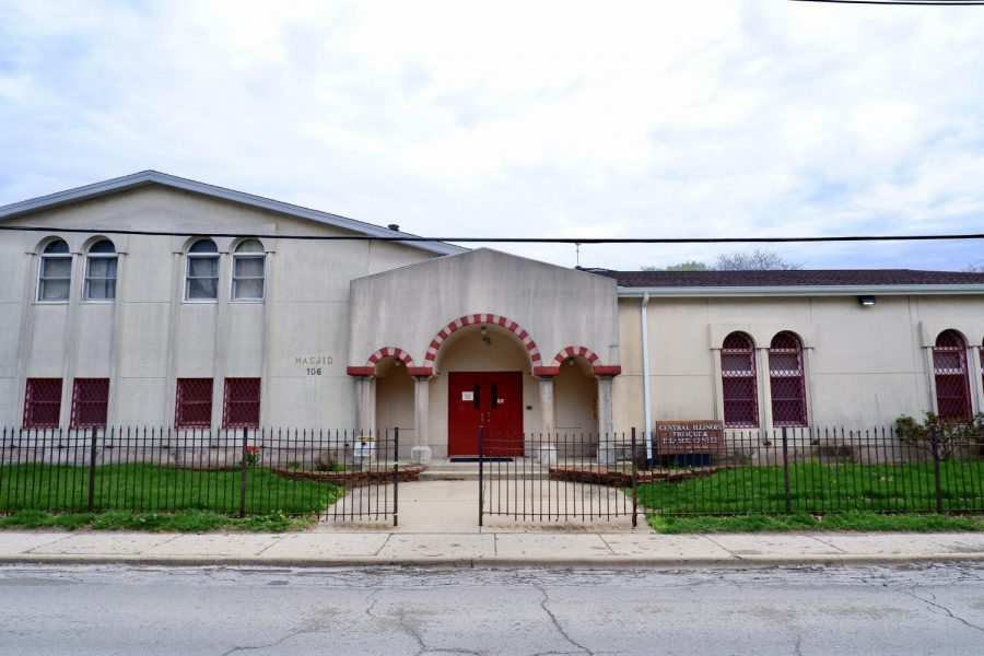 The Central Illinois Mosque & Islamic Center sits quietly at 106 S. Lincoln Ave. in Urbana on Saturday. The University is providing nasal swabs for individuals who partake in Ramadan in case fasting causes difficulties in saliva production.