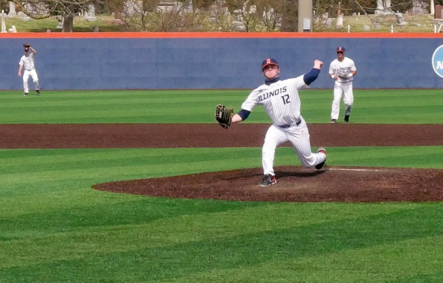 Freshman Peyton Hutchings pitches in a game against Northwestern on March 27. The Illinois baseball team lost their series to the Cornhuskers this weekend.