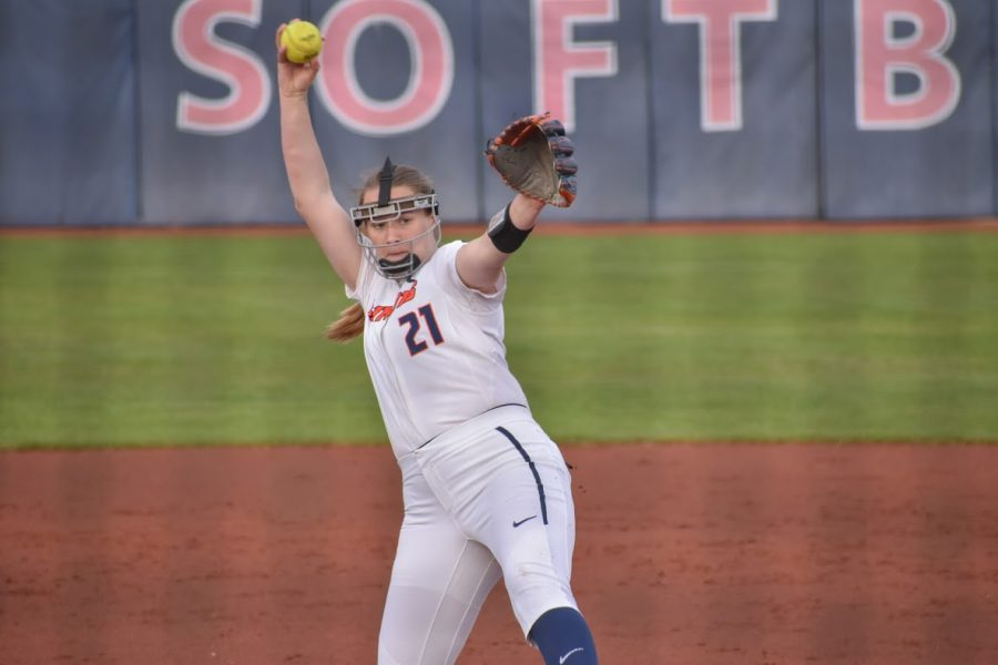 Junior Sydney Sickels throws a pitch during the game against Purdue on April 17. Illinois split the series against Northwestern 2-2 this past weekend.