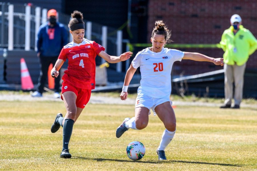 Senior Makena Silber moves the ball away from her opponent during a game agains Ohio State March 21. The Illinois soccer team won their game against Illinois State 5-1 Sunday evening.