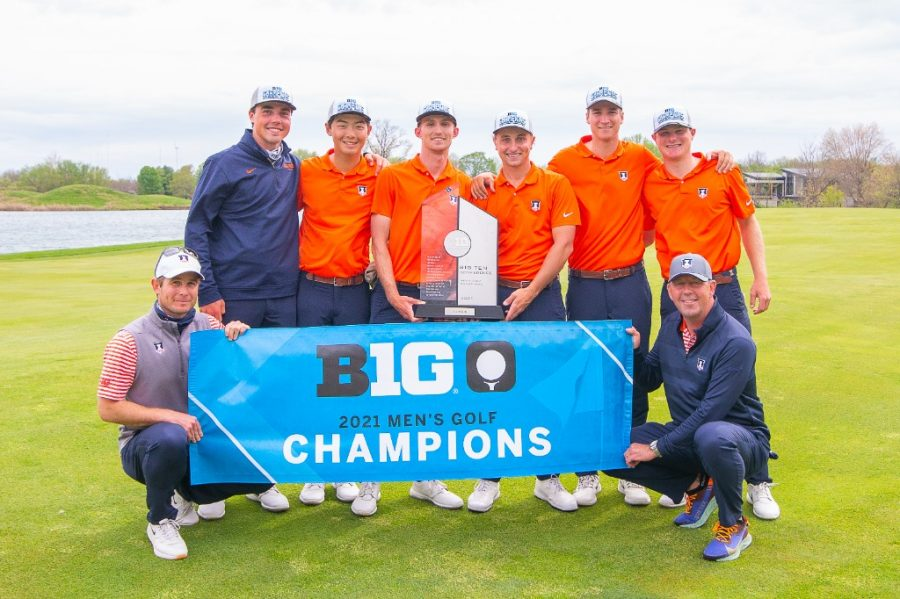 The Illinois mens golf team poses with their Big Ten trophy after winning the 2021 Big Ten Mens Golf Championship May 2. The team hopes to continue their past momentum as the new season starts.
