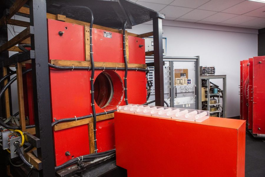 Big Red, the first human MRI scanner sits on display in the Illinois MRI Exhibit at Beckman Institute on Wednesday afternoon. Late University faculty member Paul Lauterbur invented the machine in 1971, and the device recently celebrated its 50th anniversary.