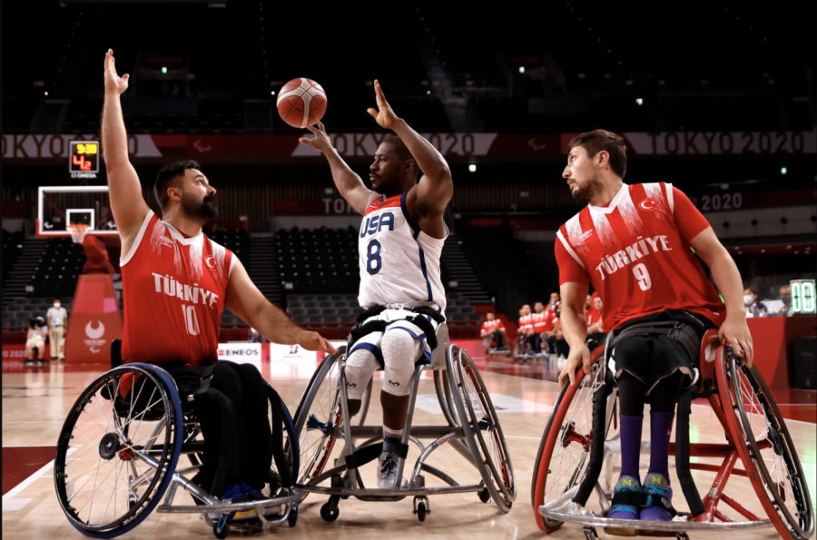 Brian Bell looks to pass the ball to a teammate on Sept. 1 at the Tokyo Paralympics. Team USA played against Turkey on Sept. 1.