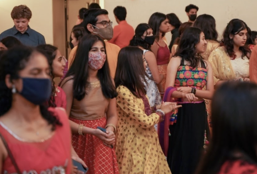 South Asian students dance Garba at the Union ballroom on Saturday. The Indian Student Association hosted events for South Asian Unity Week.