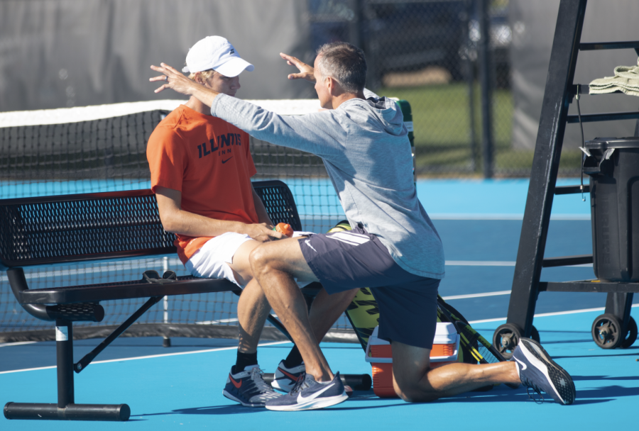 Illinois men's tennis travels to East Lansing, aims to bounce back after disappointing invite performances